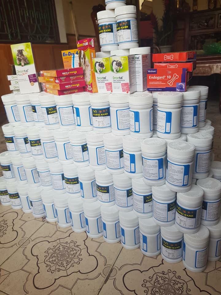 chất khoáng và canxin cung cấp cho chó mẹ